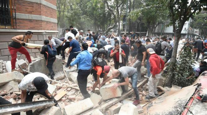 Al menos 47 muertos por el fuerte terremoto de magnitud 7,1 que ha vuelto a sacudir México
