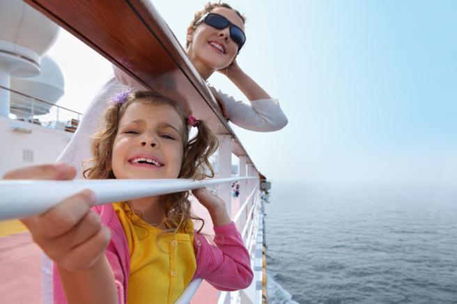 Madre e hija de crucero