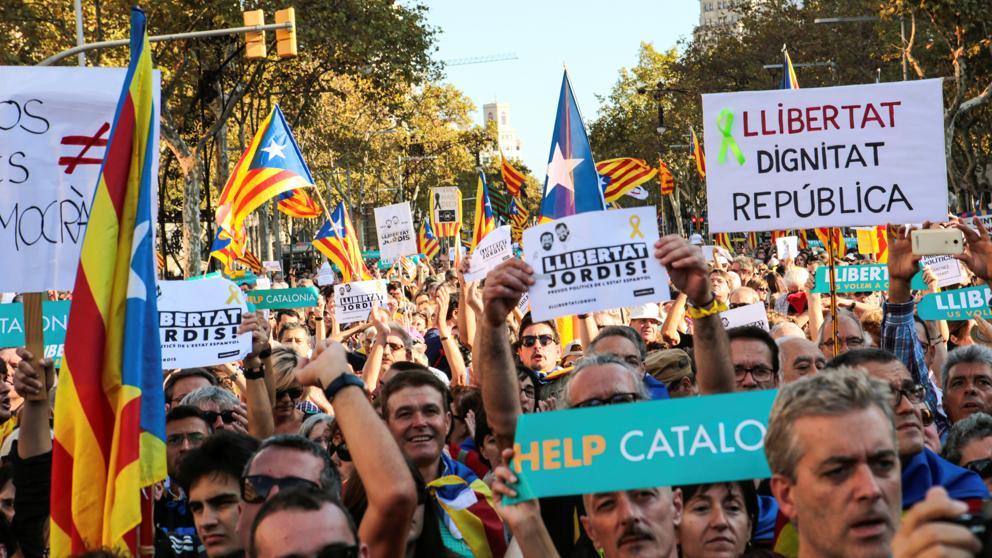 Última hora de la manifestación en Barcelona y de la aplicación del artículo 155 en Catalunya