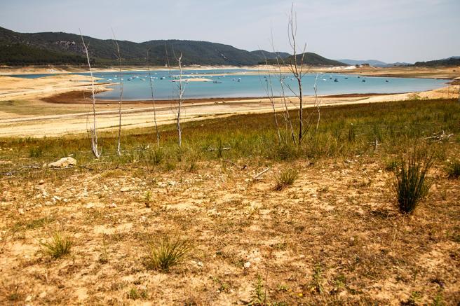 El  pantano de Entrepeñas el pasado mes de octubre simbolizaba los efectos de la sequía en buena parte de España