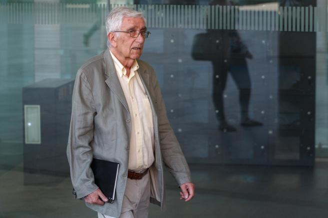 Daniel Osàcar a su llegada a la Ciutat de la Justicia