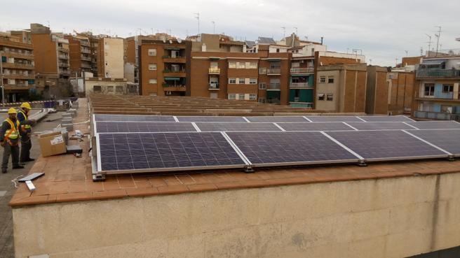 Planta fotovoltaica en La Salut. en Badalona