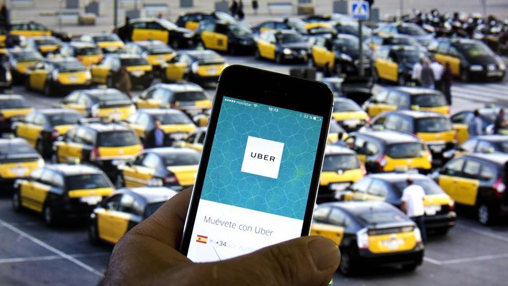 Resultado de imagen de hi ha 10.362 taxis a Barcelona