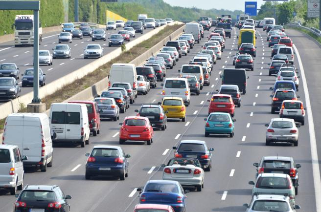 Los atascos causan muchas distracciones a los conductores