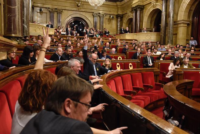 El Parlament de Catalunya sigue debatiendo quién debería ser el president de la Generalitat