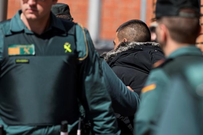 El hombre fue detenido en la noche del domingo por atropellar a su pareja en la A-5, a su paso por el término municipal de Santa Cruz de Retamar (Toledo), el pasado 24 de marzo. EFE/Ismael Herrero