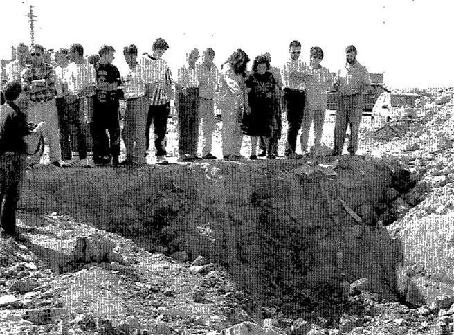 Los vecinos de Numancia de la Sagra se congregaron en el lugar donde fue hallado el cadáver de Anabel Segura en 1995