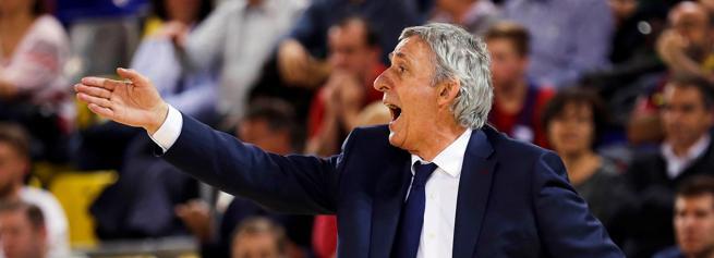 El entrenador del Barcelona Lassa, Svetislav Pesic
