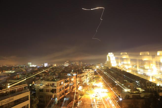 Los misiles han caído sobre la ciudad de Damasco (Siria)