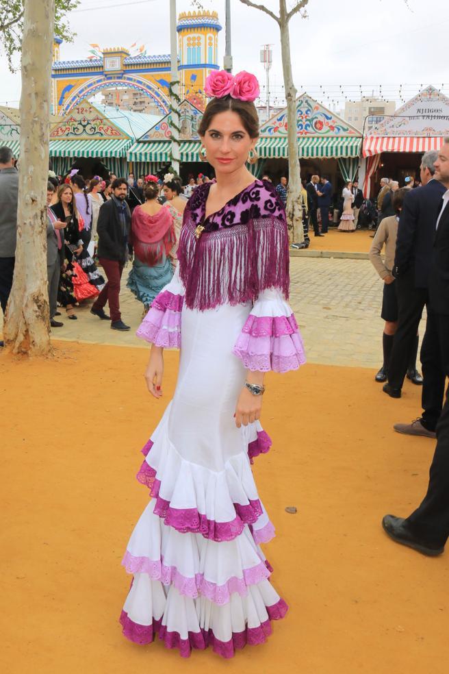 Lourdes Montes durante la Feria de Abril de Sevilla.