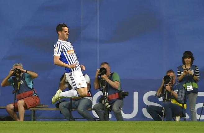Juanmi festeja su segundo gol al Atlético de Madrid