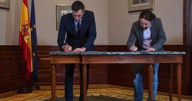 España. Sánchez e Iglesias alcanzan un acuerdo para formar un Gobierno de coalición progresista. El líder de Podemos será el vicepresidente