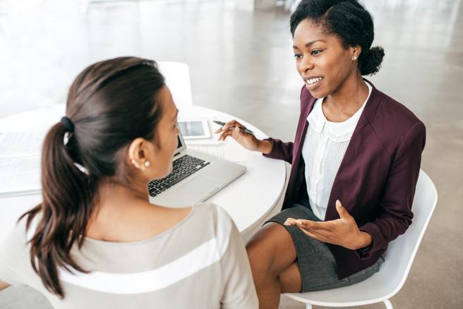 Die Bedeutung, die persönlichen Beziehungen beigemessen wird, hat nicht nur nachgelassen, sondern die Kunden schätzen sie jedes Mal mehr