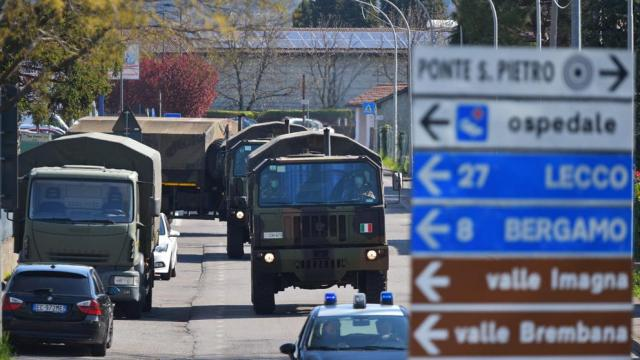 Vuelve a subir la cifra de muertos en Italia, que puede tener 10 veces más contagios que los oficiales
