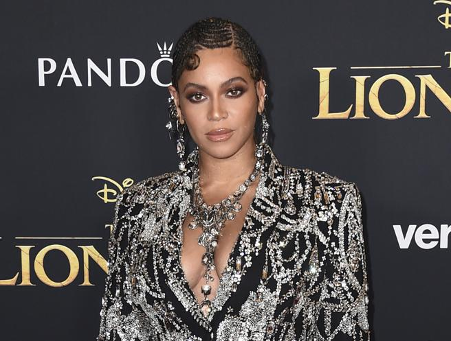 Beyonce at the premiere of 'The lion king' in the 2019