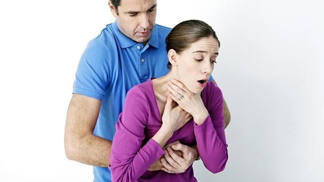 El nervio vago, a través de los músculos de la faringe, controla la deglución y previene que nos atragantemos