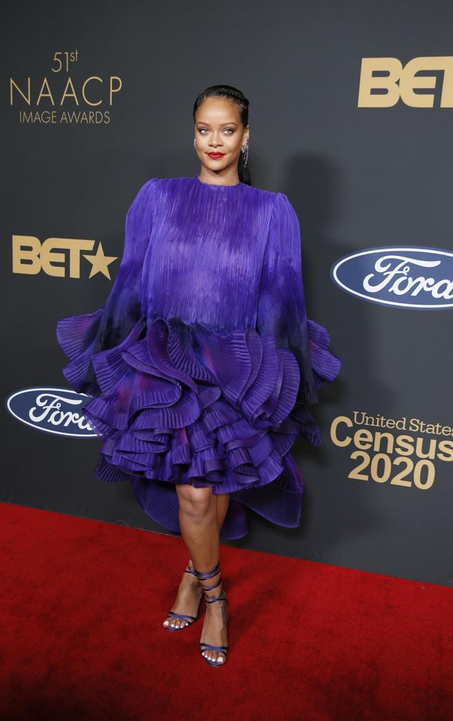 ihanna poses on the red carpet of the Awards, NAACP Image