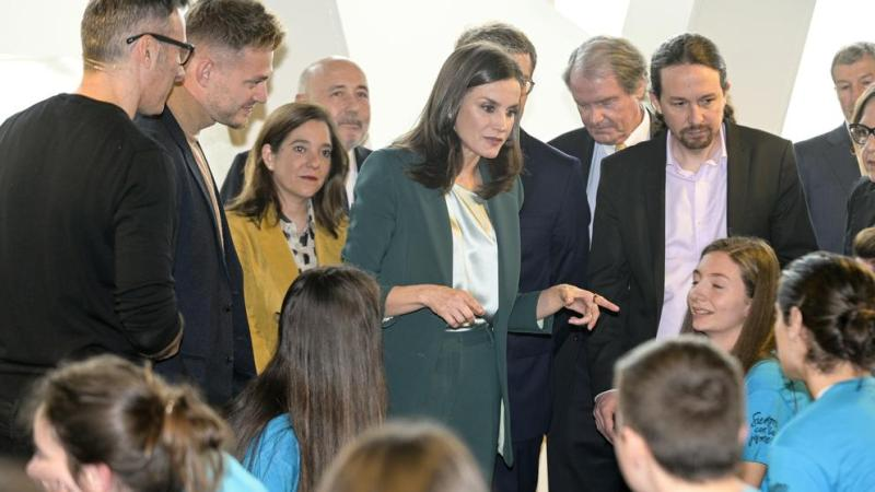 Pablo Iglesias se estrena como acompañante de Letizia