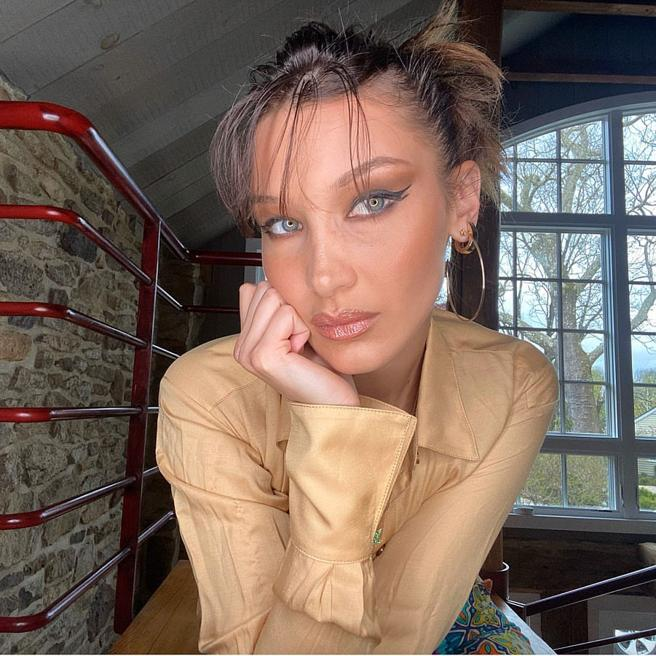 Bella Hadid with bangs open