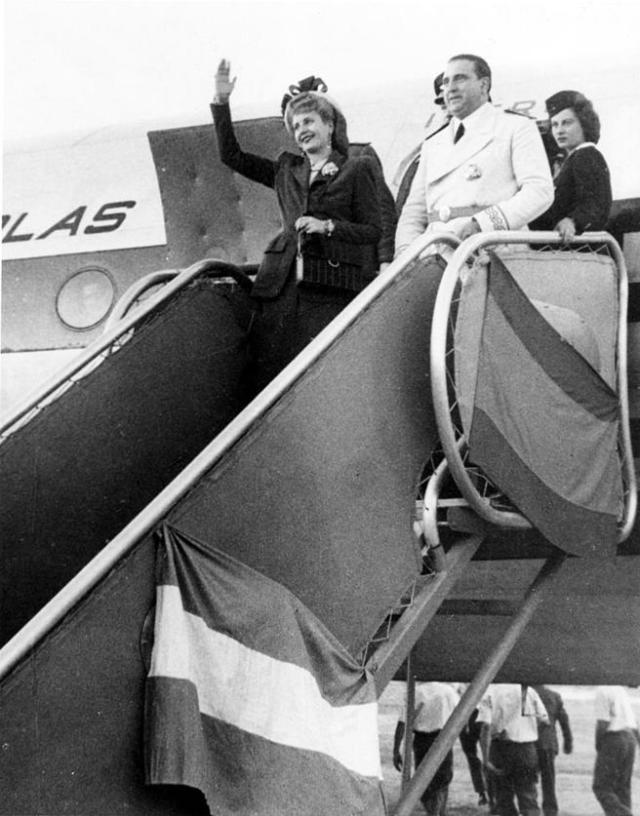 Llegada de Evita Perón a España (1947). Muchos nazis huidos se dirigían a la Argentina de Juan Domingo Perón.