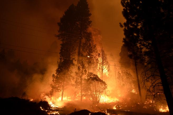 Un incendio en la Sierra de California  este septiembre preocupa a las autoridades en plena ola de calor