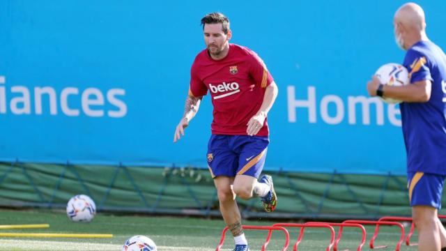 Messi se pone a las órdenes de Koeman