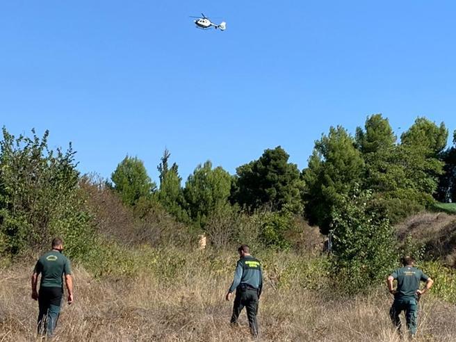 Un helicóptero de la Guardia Civil participa en la búsqueda de Rocío Gea Pérez en Requena