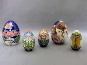 Uova in Ceramica dipinte a mano