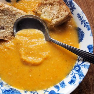 Scotty Brand Carrot and Lentil Soup with Home-made Bread