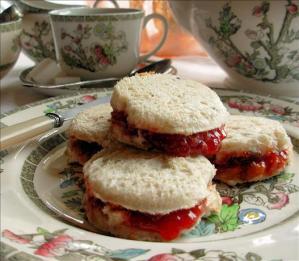 Royal Jam Pennies – Jam Sandwiches