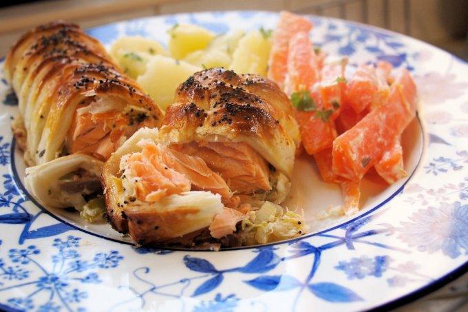 Hot Smoked Salmon Wellington