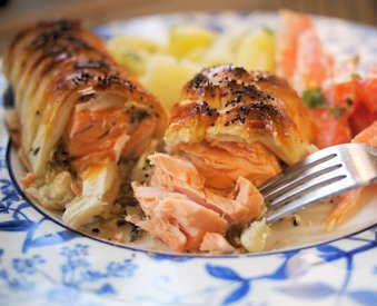 Fish on Friday and a LOVELY Recipe ~ Hot Smoked Salmon Wellington for a Scottish Supper