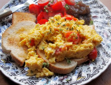 Somerset Scramble - Scrambled Eggs with Goat's Cheese, perfect for Breakfast, Brunch or High Tea