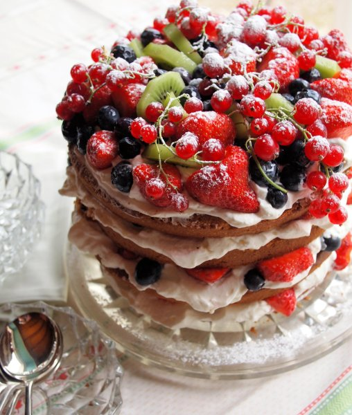 A VERY Big Birthday Cake: Genoise Sponge Cake with Berries