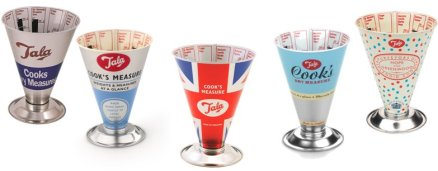 Giveaway: A Fabulous Collection of Retro British Bakeware by Tala