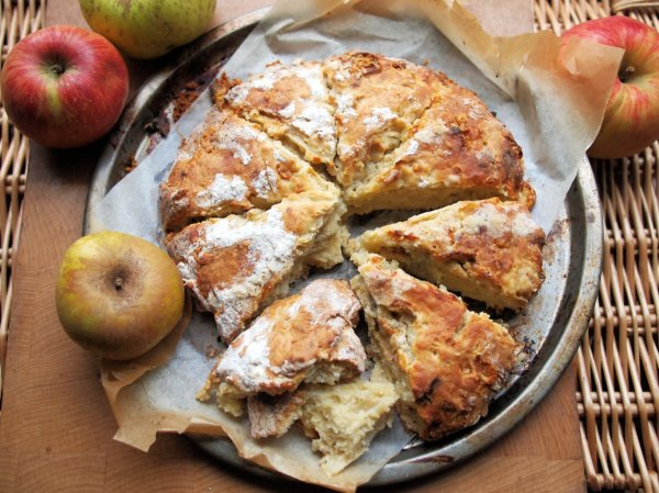 Apple Day, Victorian Orchards and Apple & Dorset Blue Vinny Scone Bread Recipe