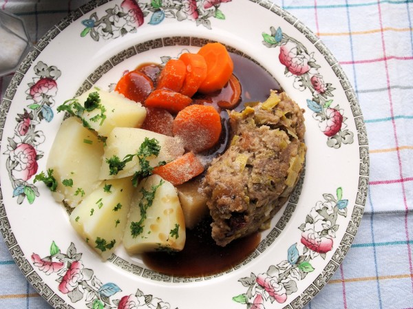 Sausage Roll, Gravy, Carrots, Chopped Parsley Potatoes, Steamed Pudding with Jam