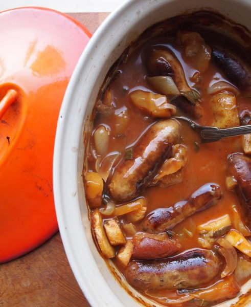 Sausage, apple and cider casserole