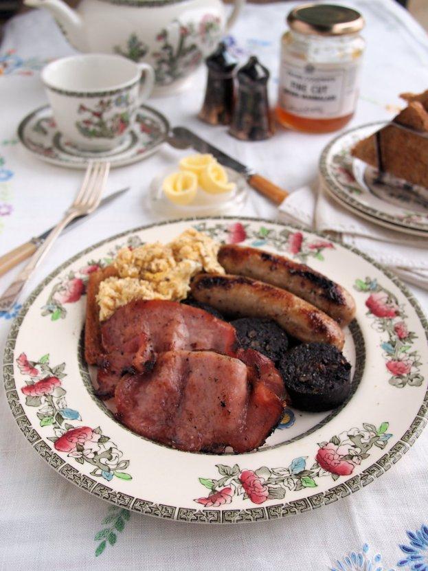 Meal Plan for Breakfast Week: Baked Full English Breakfast Recipe and 5:2 Diet Breakfast Ideas