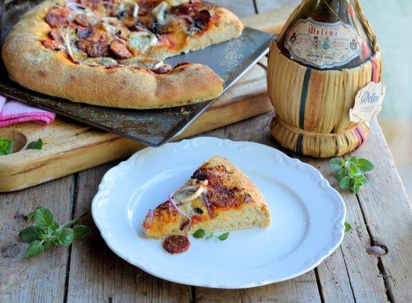 TV Pizza Night! Sun-Dried Tomato, Red Onion and Chorizo Pizza Recipe