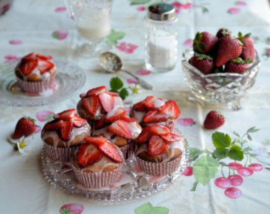 Strawberry Fair Yoghurt Cupcakes Recipe