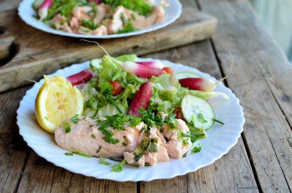 5:2 Diet: Lemon & Herb Poached Salmon Recipe