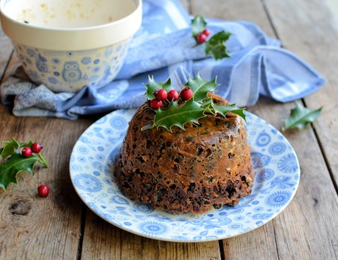 Quick and Easy Microwave Mincemeat Christmas Pudding