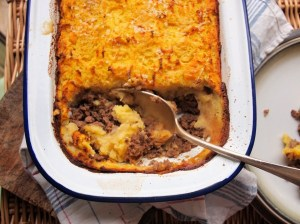 Traditonal Cottage Pie with Cheesy Mash