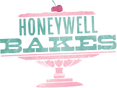 Giveaway: Honeywell Bakes Christmas Biscuits/Cookies in a Keepsake Tin (RRP £30)