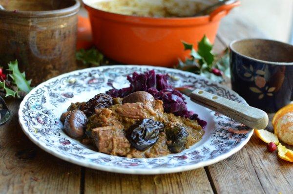 Christmas Eve Comfort Food - Christmas Carollers' Casserole: Elizabethan Spiced Beef Stew