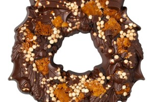 Giveaway: Win a Hotel Chocolat Cookies and Caramel Large Chocolate Wreath RRP: £21
