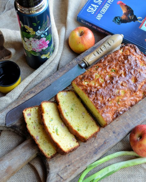 Sunday Baking: A Beautiful Easy Quick Bread Recipe - Zuri's South African Picnic Bread