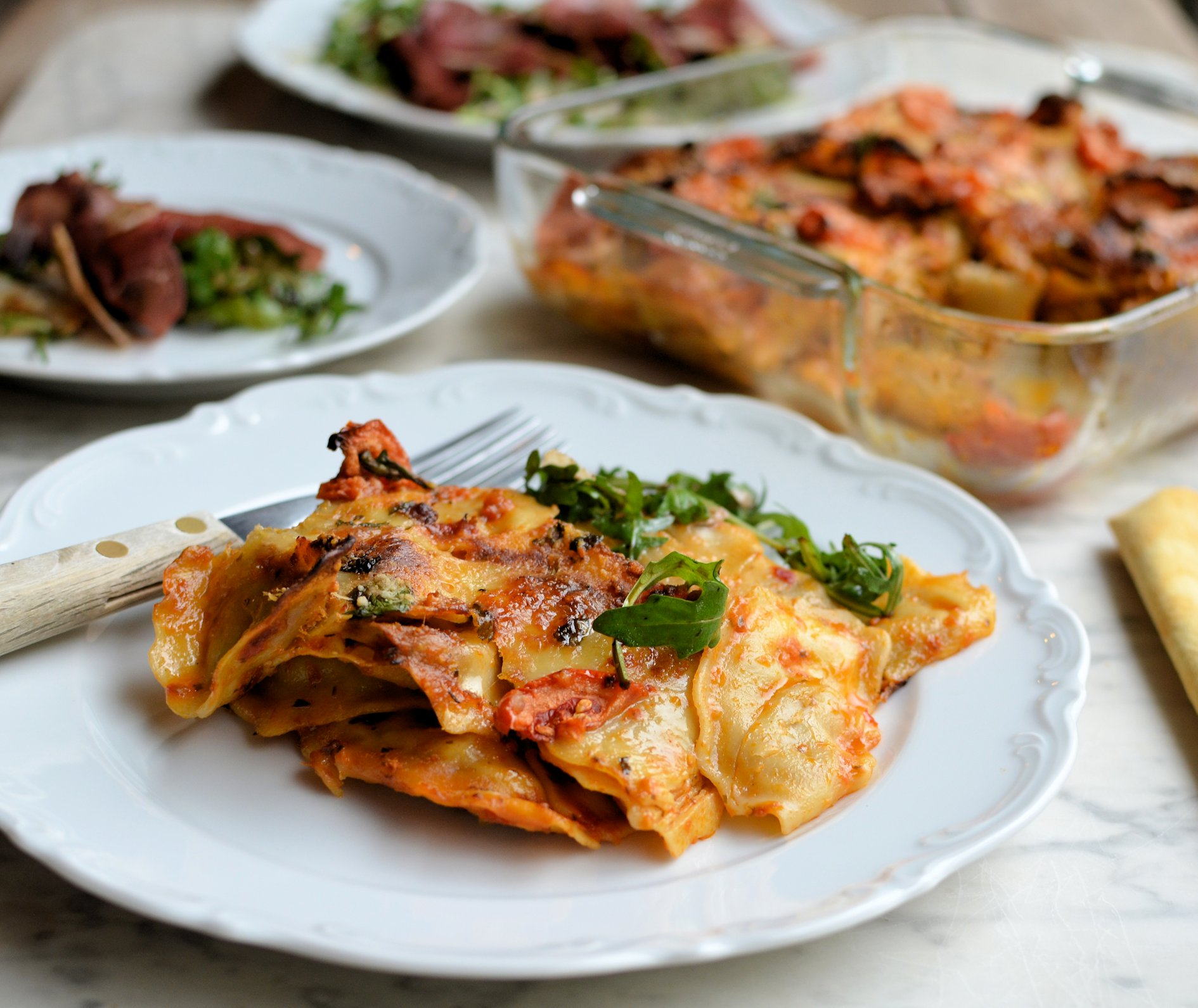 Tortellini Pasta Bake With Sun Dried Tomato Pesto Amp Mozzarella