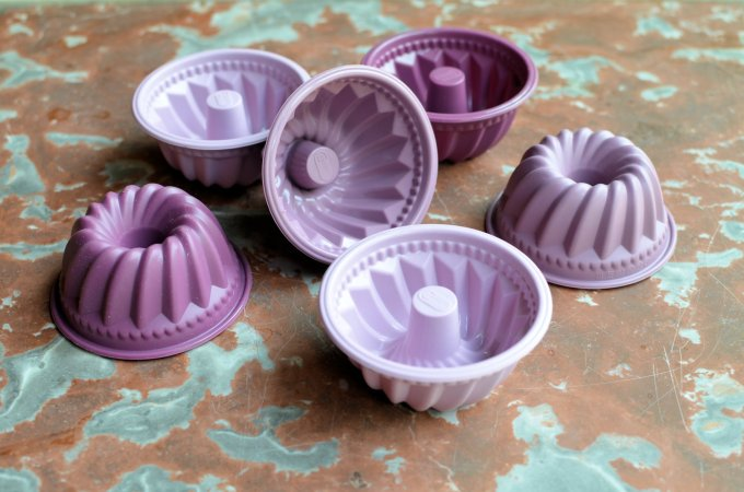 Bundt moulds
